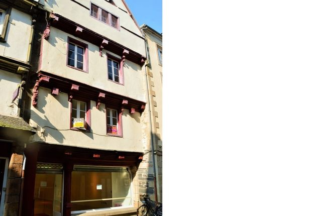 Retail premises for sale in 29600 Morlaix, Brittany, France