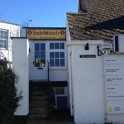 Retail premises to let in 1 The Fairings, Tenterden, Kent