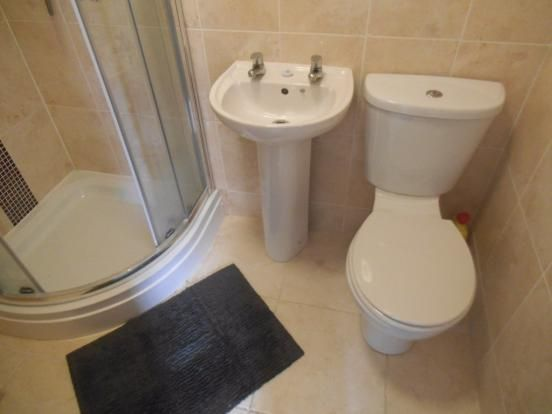 Ensuite of Monks Road, Lincoln LN2