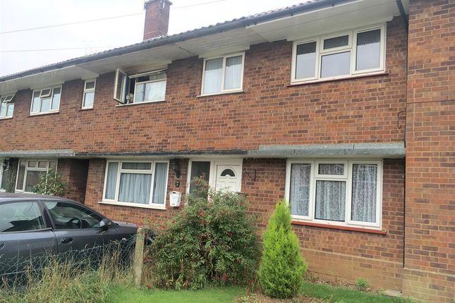 3 bed terraced house for sale in Oakwood Avenue, Dunstable