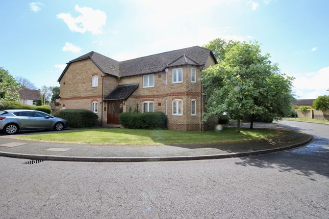 Thumbnail Flat to rent in St. Thomas Walk, Colnbrook, Slough