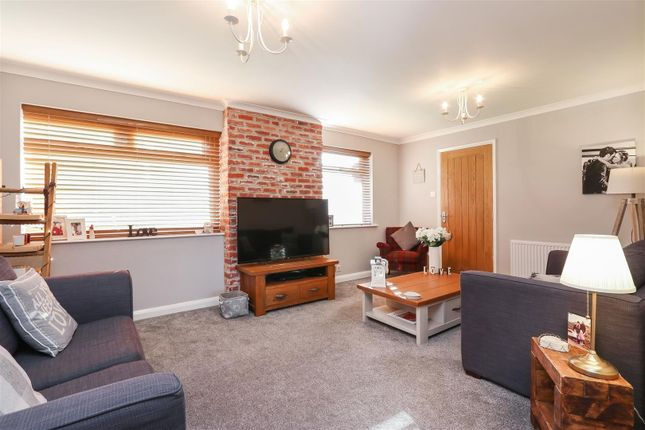 Living Room3 of Moorland View Road, Walton, Chesterfield S40