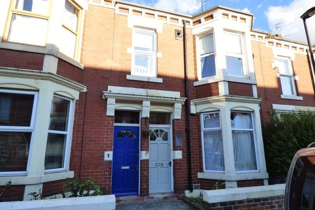 3 bed flat for sale in Whitefield Terrace, Heaton, Newcastle Upon Tyne
