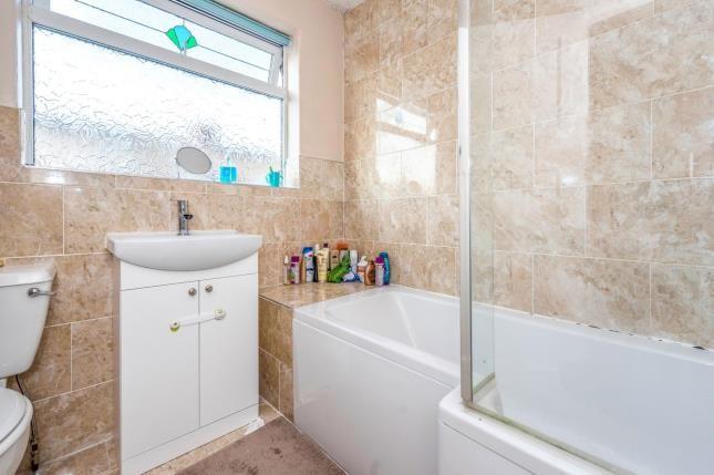 Bathroom of Sunnyside Road, Liverpool, Merseyside L23
