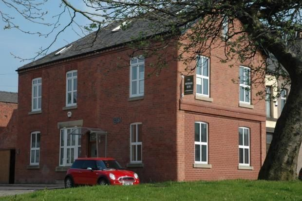 Thumbnail Flat to rent in 154 Church Road, Westhougton