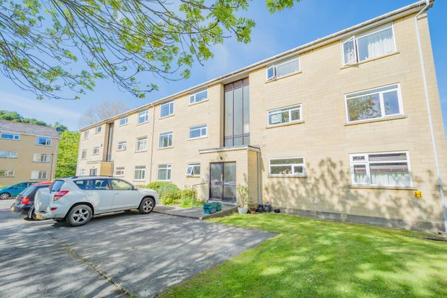 Thumbnail Flat to rent in Forester Avenue, Bath