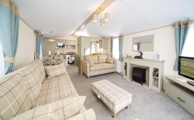 Lounge of The Atlas Debonair, Sutton Holiday Park, Vale Road, Sutton CT15