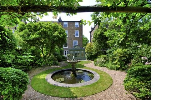 6 bedroom semi-detached house for sale in Hamilton Terrace, London