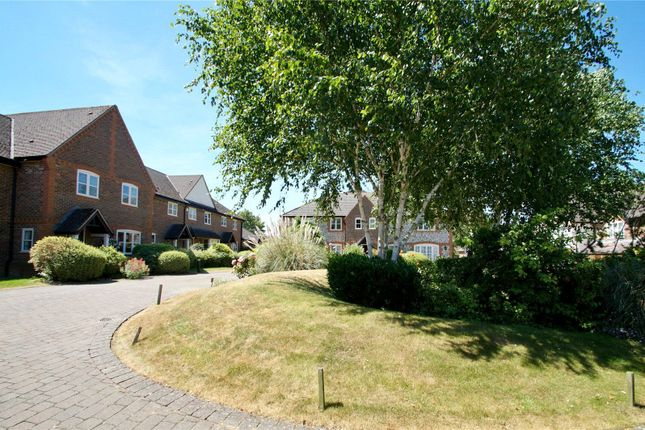 2 bed terraced house for sale in Hill Farm Court, Chinnor, Oxfordshire OX39