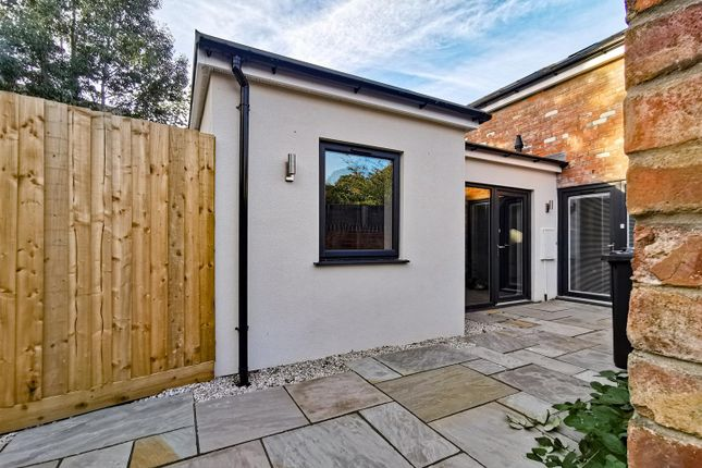 1 bed bungalow for sale in Ellesmere Avenue, Lincoln LN2