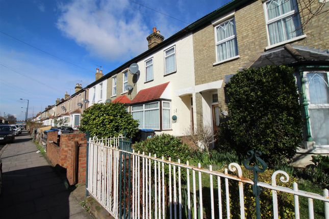 Thumbnail Property for sale in Lincoln Road, Enfield