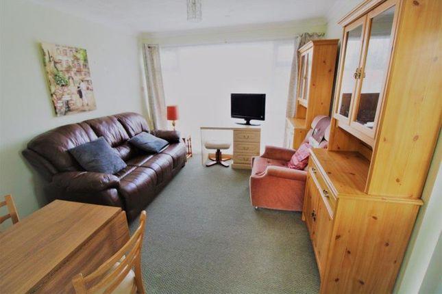 Lounge of Alandale Drive, Kessingland, Lowestoft NR33