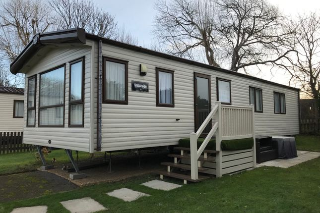 Thumbnail Mobile/park home for sale in Green Lawns, Selsey