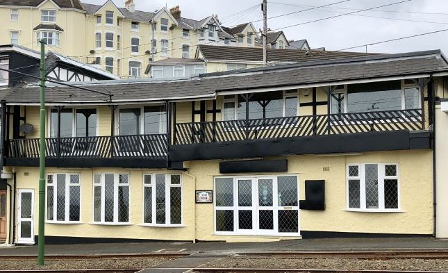 Thumbnail Pub/bar for sale in Port Jack, Onchan