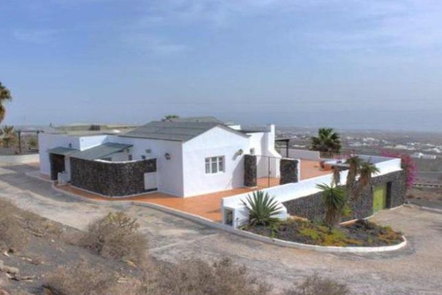 Villa for sale in Country, La Asomada, Lanzarote, 35572, Spain