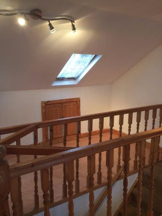Thumbnail Semi-detached house to rent in Harwoods Road, Watford