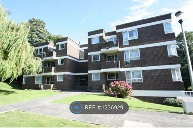 2 bed flat to rent in Newton Park Court, Leeds LS7
