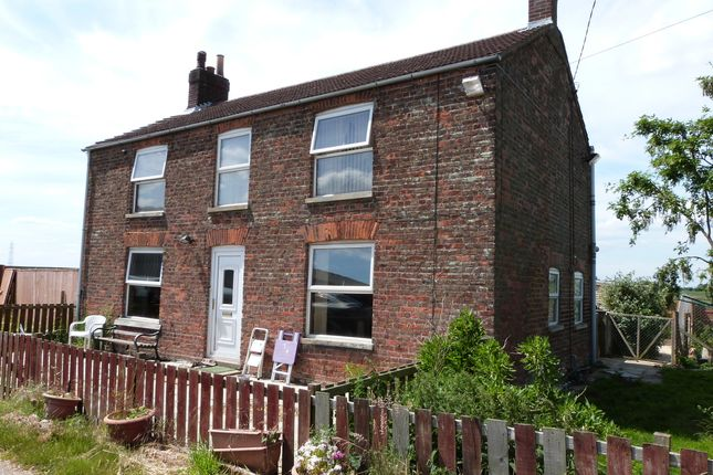 Thumbnail Detached house for sale in Clarks Hill, Gedney, Spalding