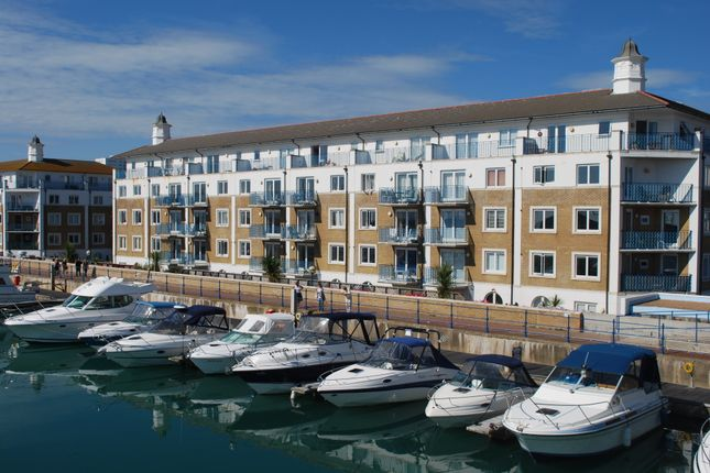 Thumbnail Flat for sale in Sovereign Court, Brighton