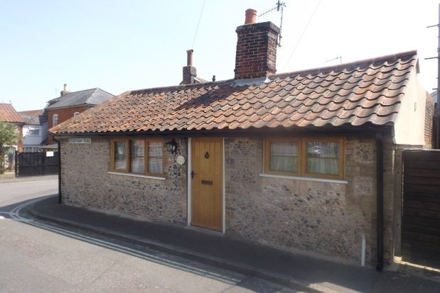 Thumbnail Bungalow to rent in Corner Cottage, Rendham Road, Saxmundham