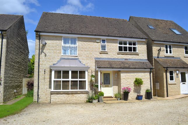 Thumbnail Detached house for sale in Brassey Close, Chipping Norton