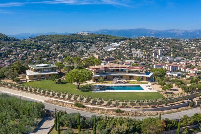 Thumbnail Property for sale in Super Cannes, French Riviera, Cannes, Riviera