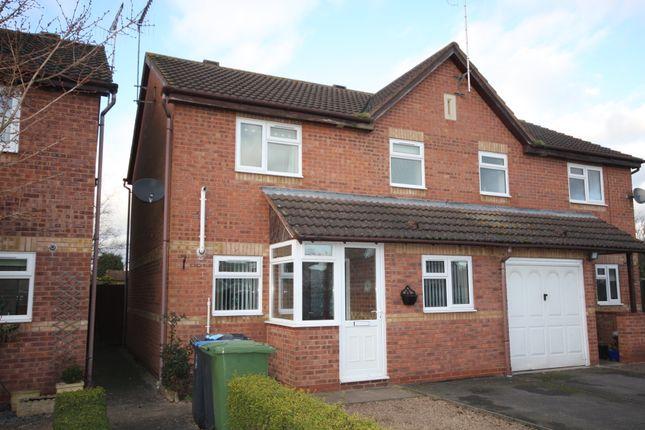 Thumbnail Semi-detached house for sale in Scott Close, Bidford On Avon