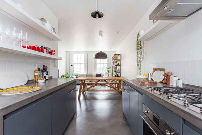 Thumbnail Property for sale in Essex Road, London