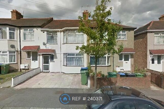 Thumbnail Maisonette to rent in Greenbank Avenue, Wembley