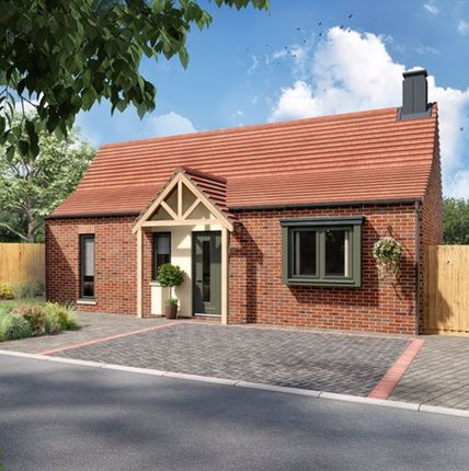 2 bed detached bungalow for sale in Williams Way, Kings Park, Scartho DN33