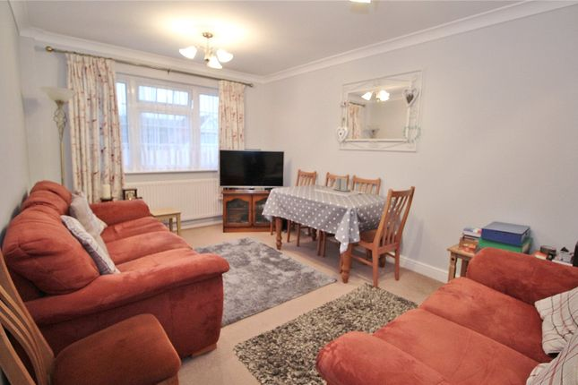 Lounge of Hillview Road, Worthing, West Sussex BN14