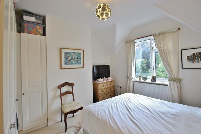 Thumbnail Property to rent in Woodview Road, Pangbourne, Reading