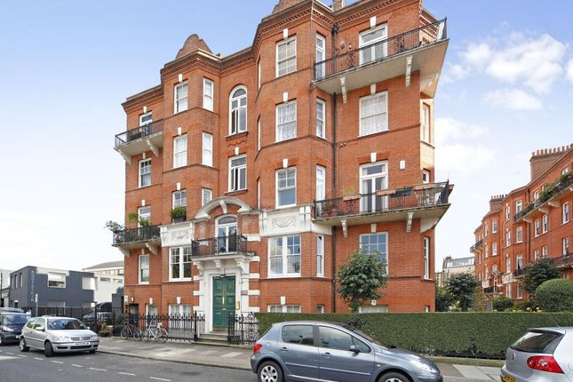 4 bed flat to rent in Kensington Hall Gardens, Beaumont Avenue, West Kensington, London