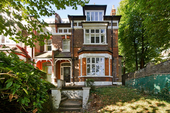 Thumbnail Flat for sale in Sunnyside Road, Crouch End