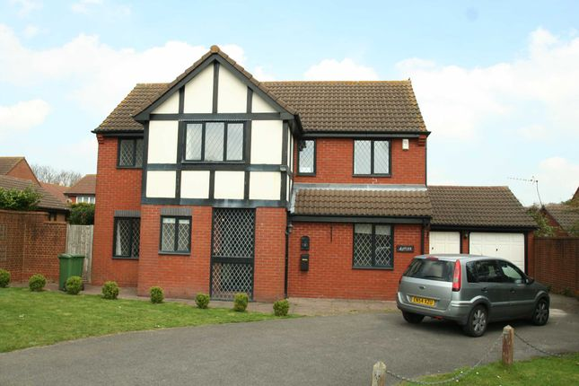 Detached house to rent in Broadwater Gardens, Farnborough, Orpington