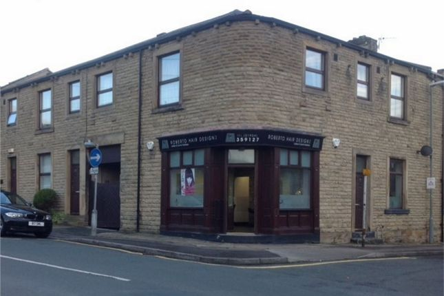 Thumbnail Flat to rent in Union Street, Birstall, West Yorkshire