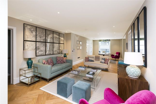 Thumbnail Maisonette for sale in Chesham Street, London