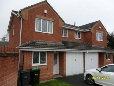 3 bed property to rent in Pumphouse Way, Oldbury, Birmingham B69