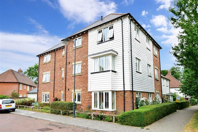 1 bed flat for sale in Sandow Place, Kings Hill, West Malling, Kent ME19