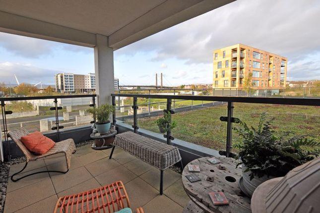 Photo 2 of Stunning Modern Apartment, Usk Way, Newport NP20
