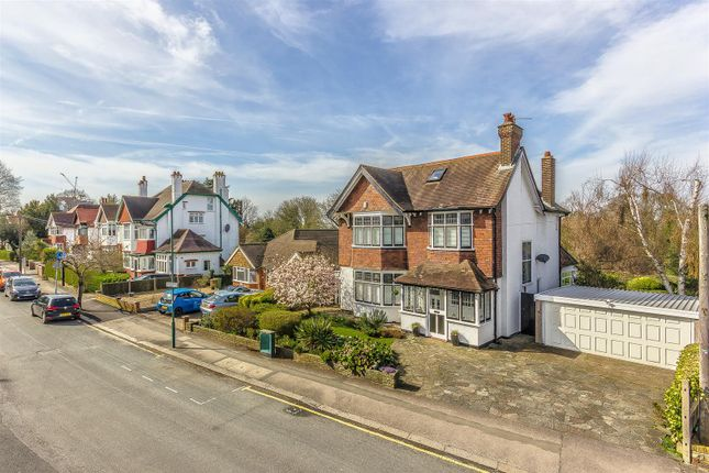 Thumbnail Detached house for sale in Hillcroome Road, Sutton