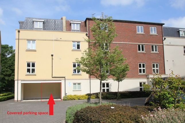 Thumbnail Flat for sale in Woodford Way, Witney