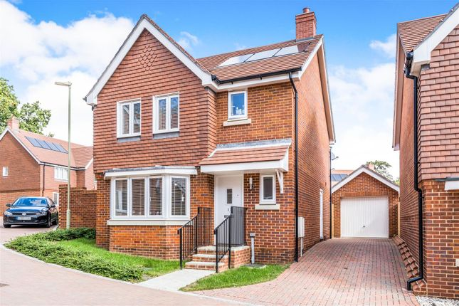 Thumbnail Detached house for sale in Cleverley Rise, Bursledon, Southampton