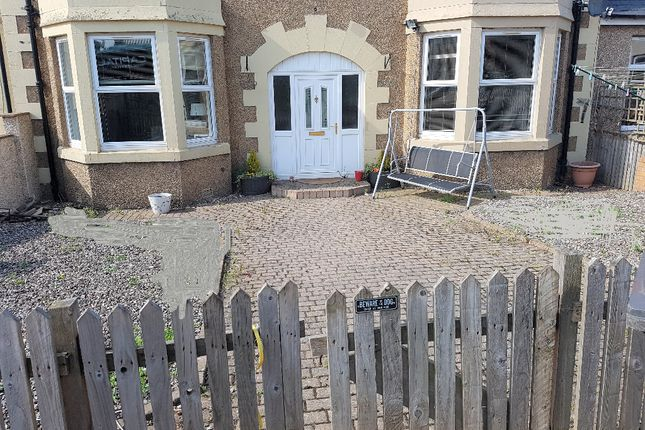 Thumbnail Flat to rent in Stobhill Road, Gorebridge, Midlothian
