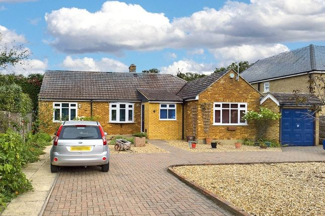 Thumbnail Bungalow for sale in Welley Avenue, Wraysbury, Berkshire