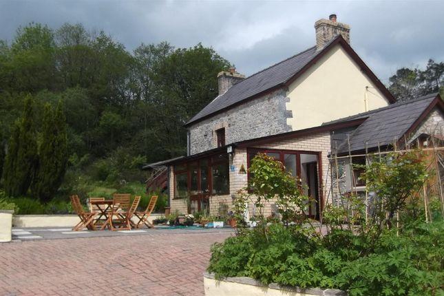 Thumbnail Cottage for sale in Penpound Lane, Llandybie, Ammanford