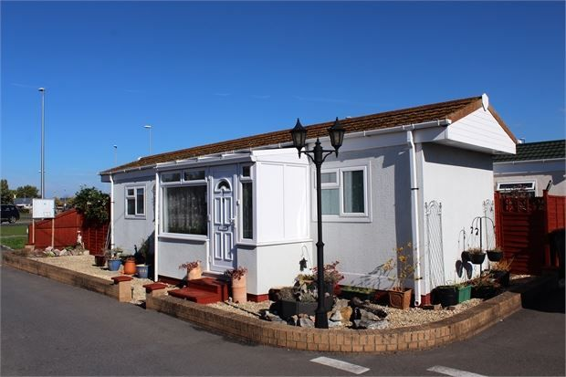 Thumbnail Mobile/park home for sale in Paddock Park, New Bristol Road, Weston-Super-Mare, North Somerset.