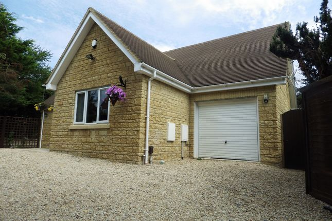 Thumbnail Detached house to rent in Curbridge Road, Witney, Oxfordshire