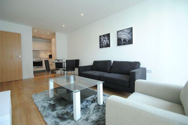 Thumbnail Flat to rent in Waterhouse Apartments, Saffron Central Square, Croydon