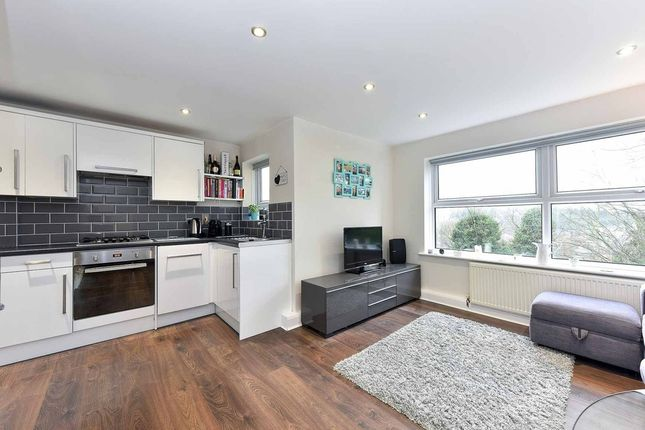 Thumbnail Flat for sale in Central Hill, London